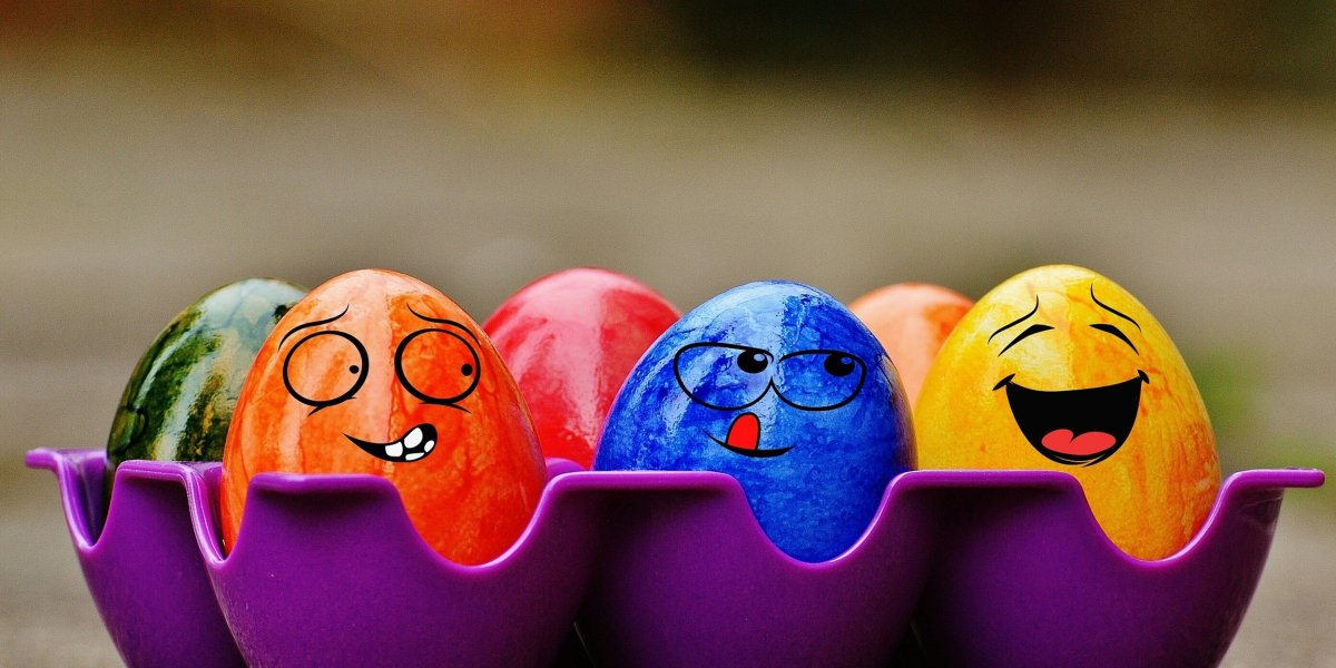 4 Easy (and Cheap!) Ways to Decorate Easter Eggs